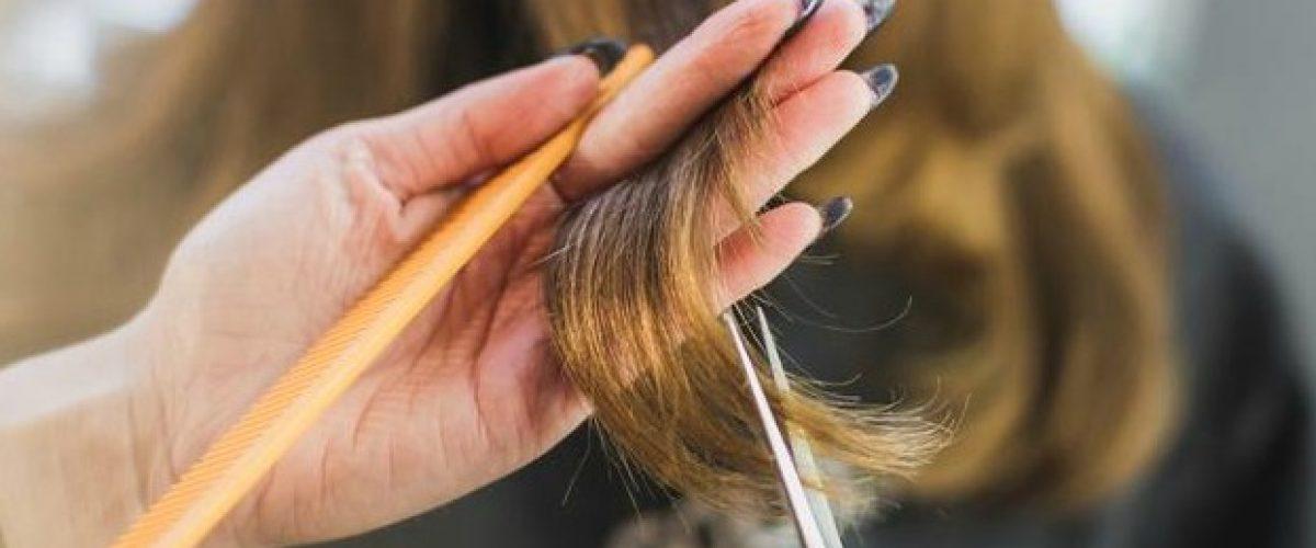 woman-getting-hair-cut-at-salon_925x-2